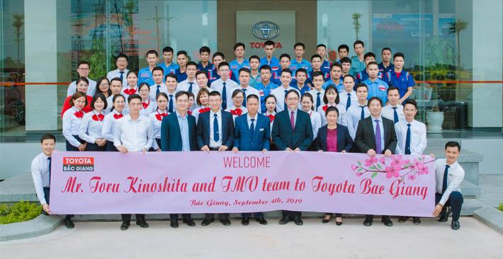 Ban lãnh đạo cấp cao công ty ô tô Toyota Việt Nam đến thăm và làm việc tại Toyota Bắc Giang